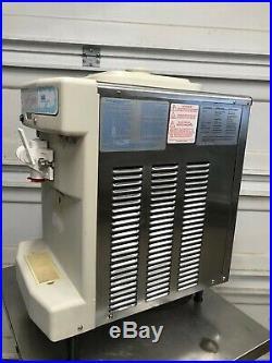 2005 Taylor 142-12 Ice Cream Machine Soft Serve