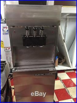 2008 1/2 ELECTRO FREEZE 88T-RMT TWIST PRESSURIZE 3ph/water soft serve ice cream
