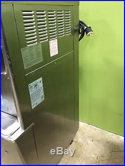 2010 Taylor 794-33 Twin Twist Soft Serve Ice Cream Machine WORKS GREAT