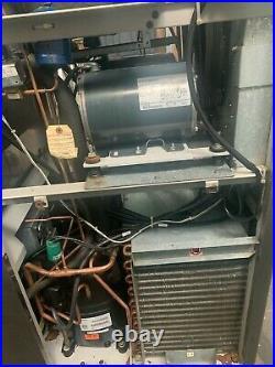2010 Taylor C712-33 Air Pump Soft Serve Ice Cream Machine. Air Cooled