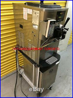 2011 Taylor 1 PH C706-27 with pump & FLAVOR BURST soft serve Ice Cream Machine