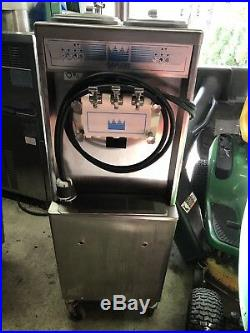 2011 Taylor 794 Soft Serve Ice Cream Machine 3 Phase Water