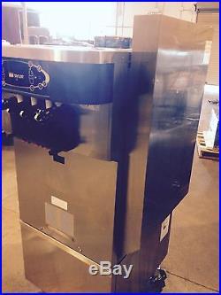 2011 Taylor C723 -1 phase-Air Cooled Frozen Yogurt Machine Soft Serve Ice Cream