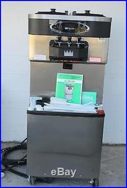 2012 Taylor C713 Frozen Yogurt Soft Serve Ice Cream Machine