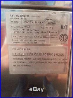 24 Pan Gelato Cabinet Ice Cream Display case F. B. DE Ranieri 000025