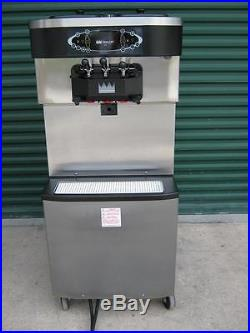 5x 2012 Taylor C713-33 Soft Serve Ice Cream Machines Water Cooled