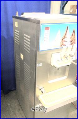 Carpigiani UF-253 Pump-Feed FlavorTwist Floor Model Soft Serve Ice Cream Machine