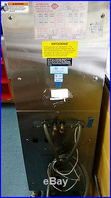 Electro Freeze (DUKE) Soft Serv Ice Cream Machine Dairy Queen remote style 957R