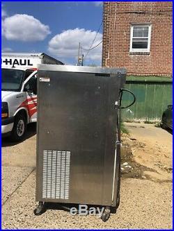 Electro freeze soft serve ice cream machine
