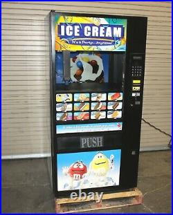 Fastcorp 631 ice cream frozen food vending machine in good working condition