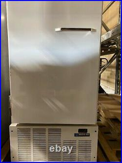 Frozen Custard Store Equip With Ross Triple Barrel Frozen Custard Machine