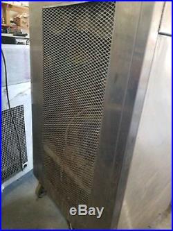 Frozen custard machine Emery Thompson