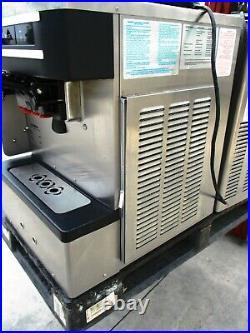 Ice Crean Machines / Soft Serve / Taylor C-161 27k000 $4500 Nice