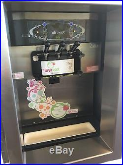 Ice cream and frozen yogurt machines