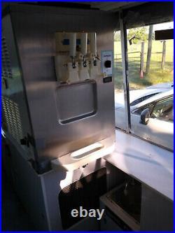Perfect turn-key ice cream truck! 2000 Chevy Express Van, Carpigiani machine
