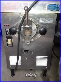 SANISERV 1 FLAVOR 7QT COUNTER TOP SOFT SERVE ICE CREAM MACHINE (A4071-E) 115v