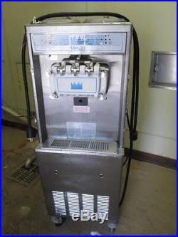 Soft Serve Ice Cream Frozen Yogurt Machine, Taylor Twin Twist 794