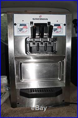 Spaceman 6235 Soft Serve Ice Cream Machine