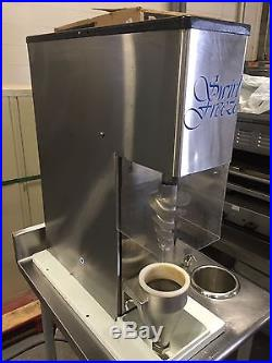 Swirl Freeze Model B Ice Cream Yogurt Blender Blending Machine WORKS GREAT