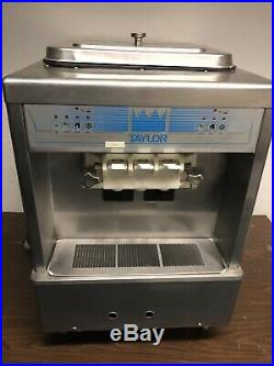 TAYLOR 161-27 Air Cooled Countertop Ice Cream Yogurt Machine Great Condition