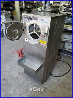 TAYLOR FRIGOMAT / C119-27 BATCH ICE CREAM Freezer & GELATO Machine