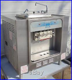 Tyler 162-27 Soft Serve Freezer Twin Twist Air Cooled Ice Cream Machine