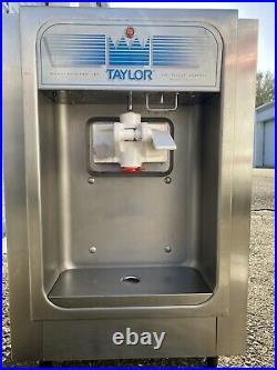 Taylor 152 Soft Serve Ice Cream Machine