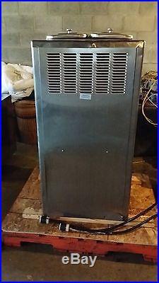Taylor 754-27 Air Cooled Twin Twist Soft Serve Ice Cream Yogurt Machine