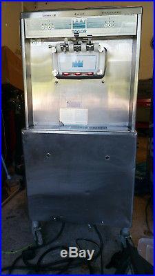 Taylor 754-27 Twist Soft Serve Ice Cream Machine Single 1 Phase Air Cooled