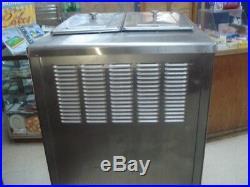 Taylor 794-27 Ice Cream Machine Frozen Yogurt Twin Flavor Soft Serve (H8025110)