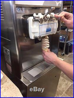 Taylor 794-33 Twin Twist Soft Serve Ice Cream Machine Air Cooled