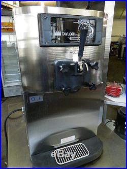 Taylor C709-27 Soft Serve Ice Cream Machine Frozen Yogurt Single Flavor Freezer