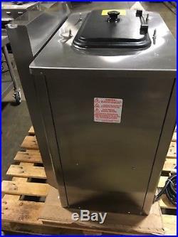 Taylor C709-27 Soft Serve Twin Twist Ice Cream Machine Air Cooled Single Phase