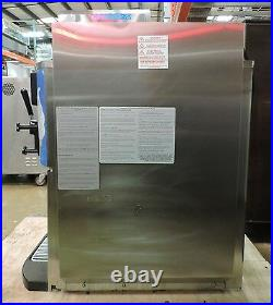 Taylor C709-33 Commercial Soft Serve Ice Cream Machine (2011)