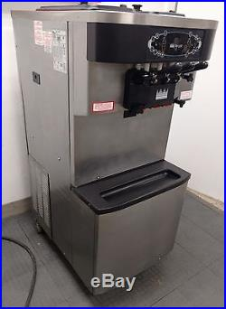 Taylor C712-33 3 Flavor Ice Cream Machine / Yogurt / Custard / Sorbet / Maker