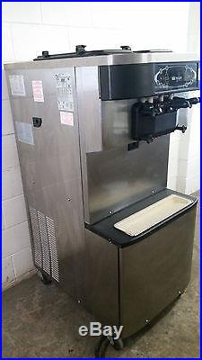 Taylor C713-27 Water Cooled 2 Flavor Twist Soft Serve ice Cream Machine Tested