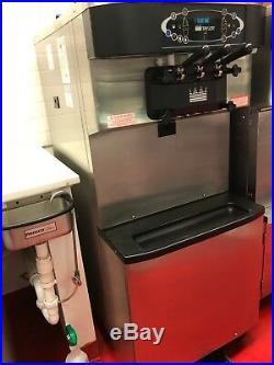 Taylor C713-33 Air Cooled, 3 Phase Power, Soft Serve Frozen Yogurt Machine