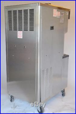 Taylor C713-33 Soft Serve Twin Twist Frozen Yogurt Ice Cream Machine Water Cool