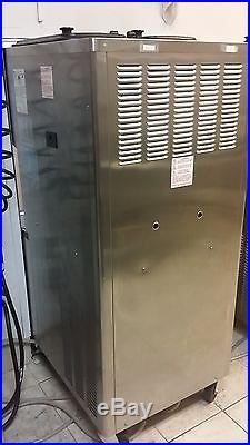 Taylor C713-33 Water Cooled, 3 Phase Power, Soft Serve Frozen Yogurt Machine