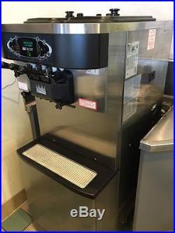 Taylor C713 Soft Ice Cream/Frozen Yogurt Machine