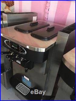 Taylor C723-33 Frozen yogurt Soft Serve Ice Cream Machine-Air cooled 3phase