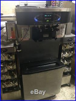 Taylor Crown C712-27 Soft Serve Ice Cream and Frozen Yogurt Machine