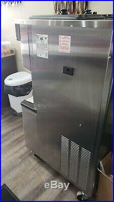 Taylor Crown Soft-Serve Ice Cream Machine C713 water cooled 1 phase
