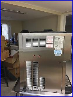 Taylor Crown Water Cooled Soft Serve/Fro-Yo Ice Cream Machine C723-33 with Cart