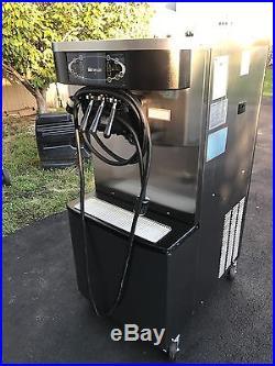 Taylor Crown twist ice cream machine C713-33 (2011) 3phase water cooled