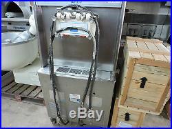 Taylor Ice Cream Machine 3 ph water cooled soft serve yogurt shop twist flavor