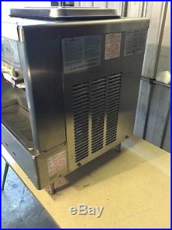Taylor Ice Cream TWIST Soft Serve Machine 161 161-27 161/27 Frozen Yogurt