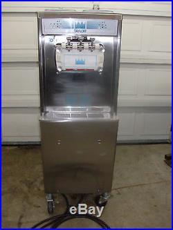 Taylor Ice Cream Yogurt soft serve 794-33 water cooled three Phase 2011