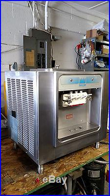 Taylor Model 162 Soft Serve Ice Cream Machine