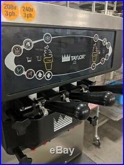 Taylor Soft Serve 3 flavor Ice-cream Machine, water-cooled, 208-240v 3ph C712-33